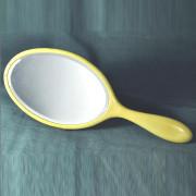 T 06 - Miroir à main