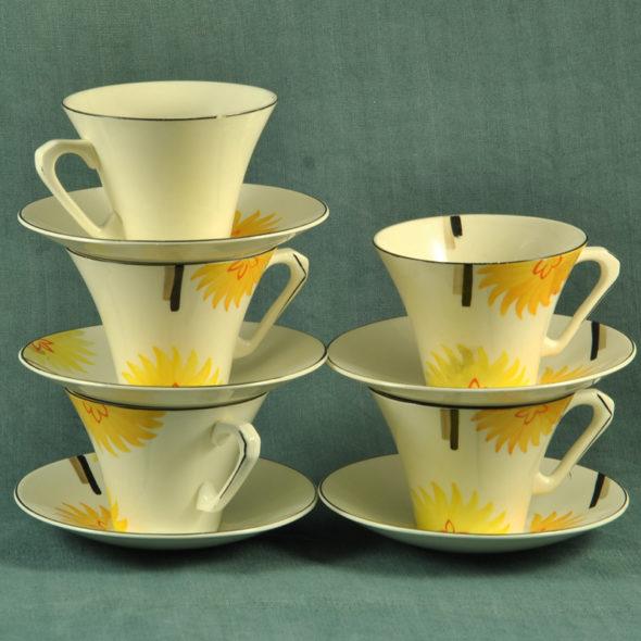 VT 230 – 5 tasses à thé Art  Déco anglaises