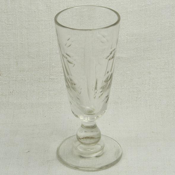 V 512 – Verre à absinthe