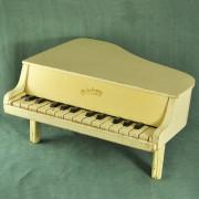 JJ 140 - Piano à queue1950