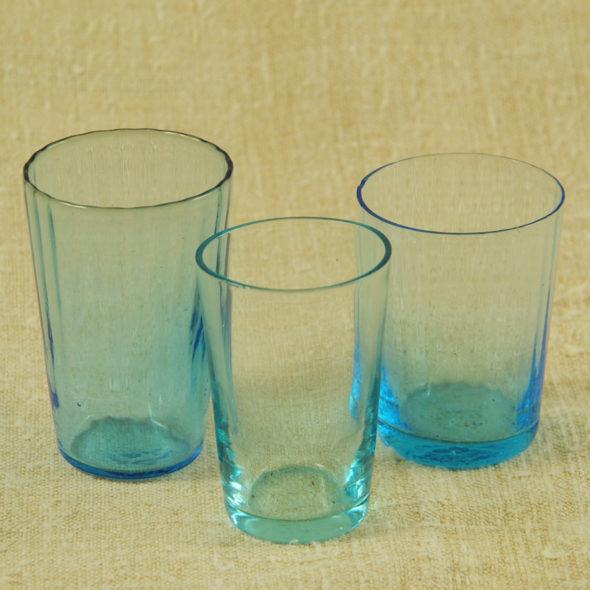V 756 – 3 verres à liqueur1900