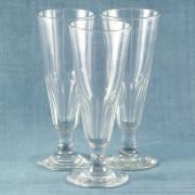 V 785 -Trés grands verres XIXe