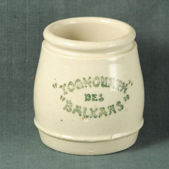 C 665 – Pot à yaourt 1930