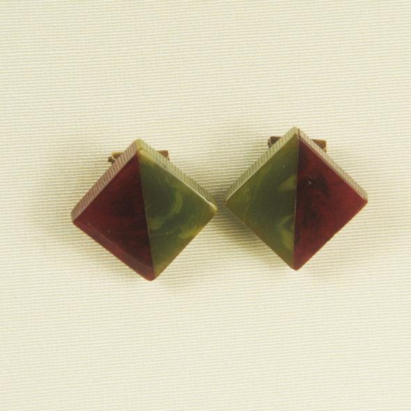 B 663 – Clips d'oreilles 1940