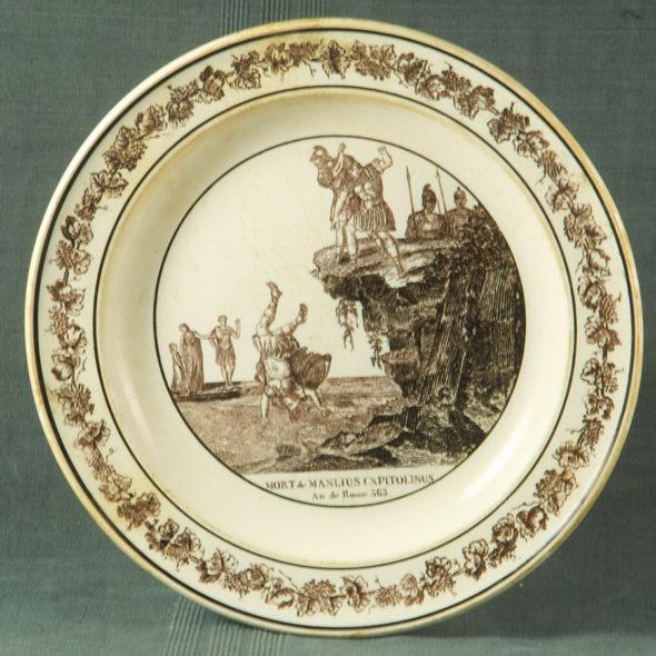 F 1790 – Assiette Montereau XIXe