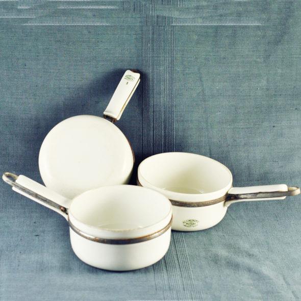C 816 – Petites casseroles 1920