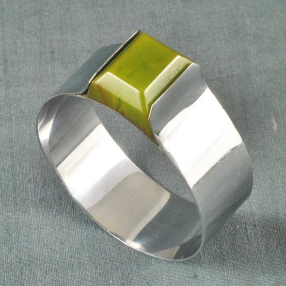 B 786 – Bracelet 1930