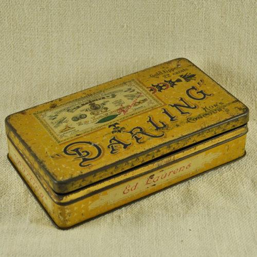 Boite à cigarettes 1920 «Darling» D-1054
